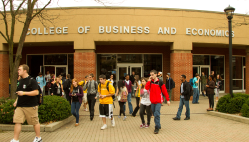 West-Virginia-University-College-of-Business-and-Economics-Online-Business-Degrees