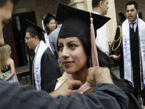 scholarships-for-immigrants