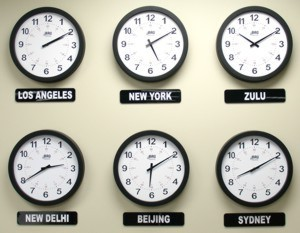 how-do-time-zones-affect-online-college-cohorts