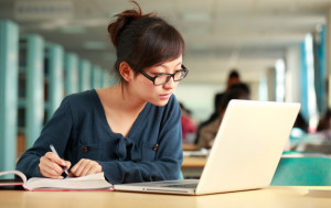 does-offering-degrees-online-save-colleges-money
