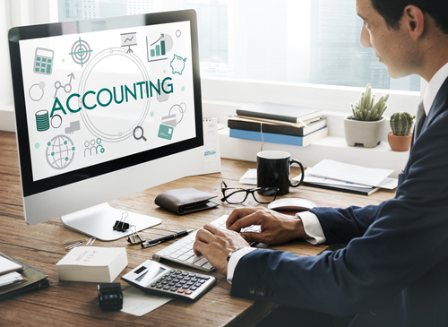 5 Things to Consider When Choosing an Online Accounting Degree Program