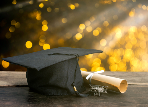 Are Online Associates Degrees Transferable to Traditional Universities?