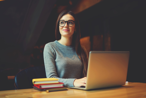 Are Online Colleges Easier than Traditional Colleges