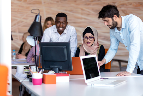 Do Online Colleges Require Internships
