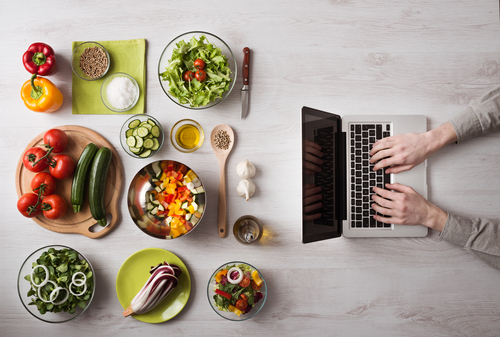 Food Blogs for College Students on a Budget