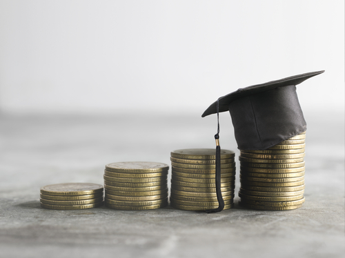 How Can I Find Financial Aid for Online College
