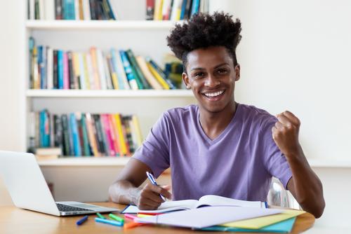 How Long Does it Take to Earn an Associate Degree Online?
