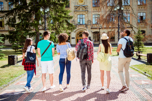 5 Blogs About College Life